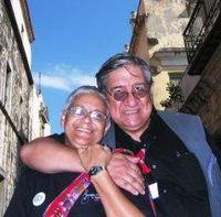 Con Rosa_ La Polilla Cubana